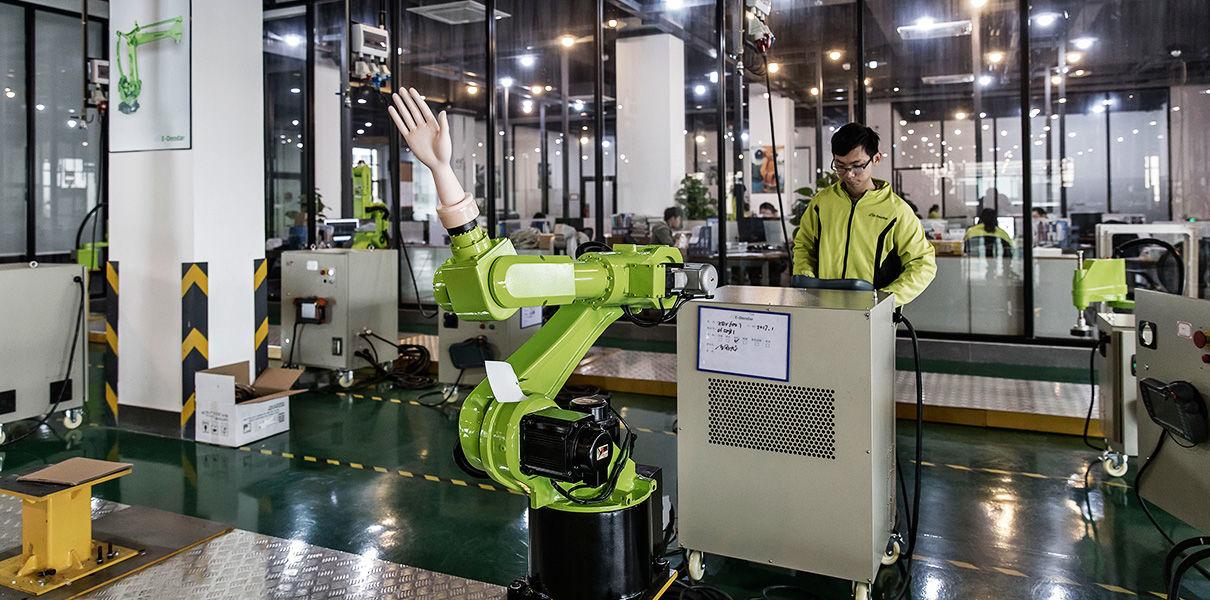 Страны Азии — лидеры по внедрению промышленных роботов
