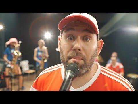 «Извините нас, ребята»: Слепаков и Шнуров выпустили песню про победу сборной России