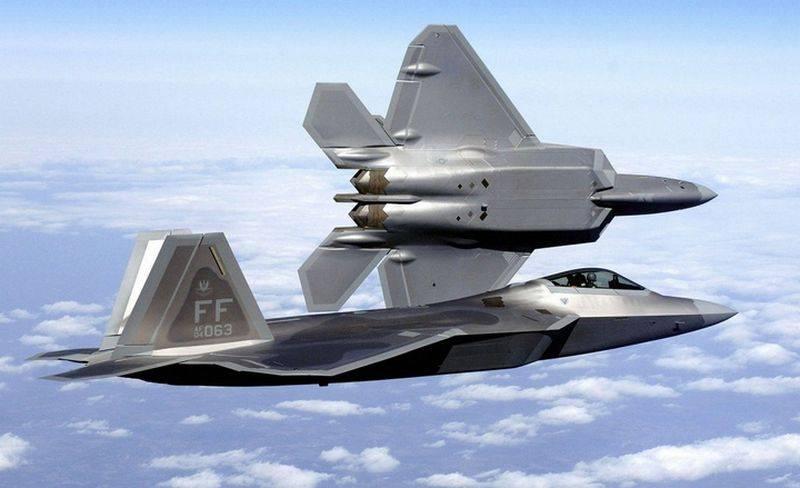 """Русские """"раскрыли"""" все секреты F-22, на очереди F-35"""