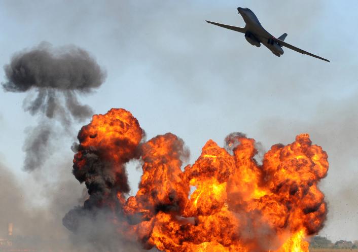 Борис Григорьев. Цель бомбежки в Сирии – разгромить ООН, а не Сирию или Россию