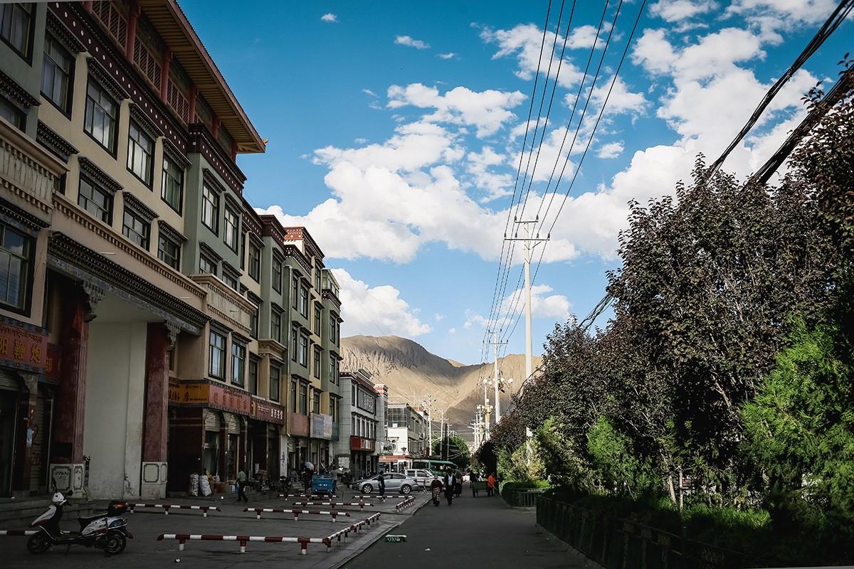 shigadze30 В поисках волшебства: Шигадзе, резиденция Панчен ламы и китайский рынок