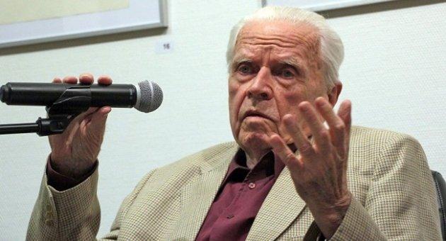 Экс-шпион ГДР Гроссман: Крым мог стать причиной ядерной атаки Германии...