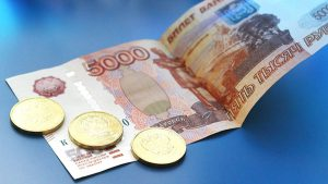 Половина новых кредитов идет на погашение старых задолженностей