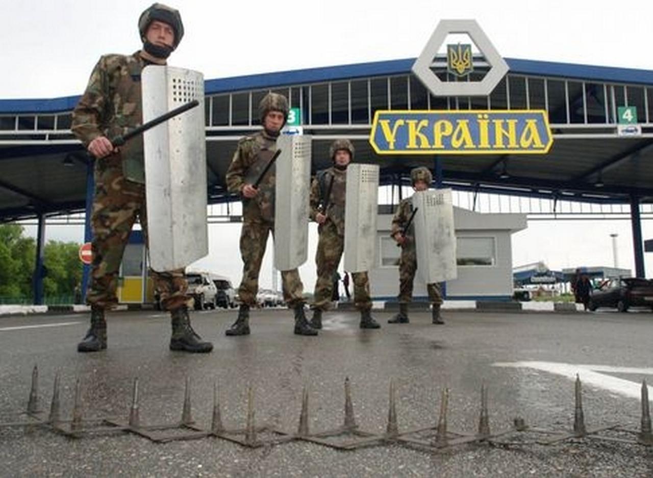 Разговоры о закрытии границ с Россией – результат психического отклонения: Клинцевич поставил на место украинского генерала