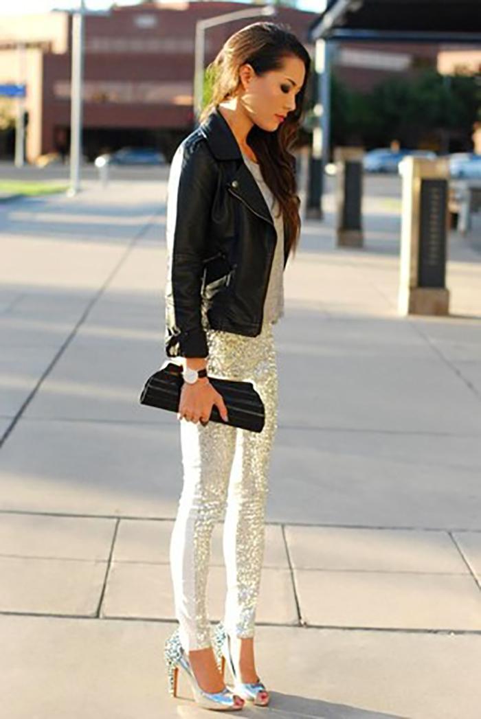 >брюки металлик»  itemprop=» image=»image»></li> <li>В этом сезоне в моде полностью прозрачные ткани, сетка, гипюр и тончайшее кружево. И если фигура и уверенность в себе позволяют носить прозрачные брюки, обязательно воспользуйся этим шансом!<br /><img src=