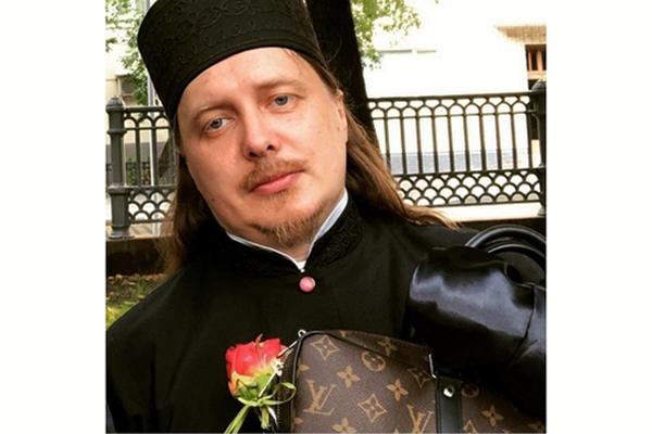 Православный гламур, или Как жить чем Бог послал