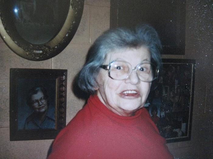 20 лет эта женщина вообще не убиралась в собственном доме. Кто она - гений  или сумасшедшая?