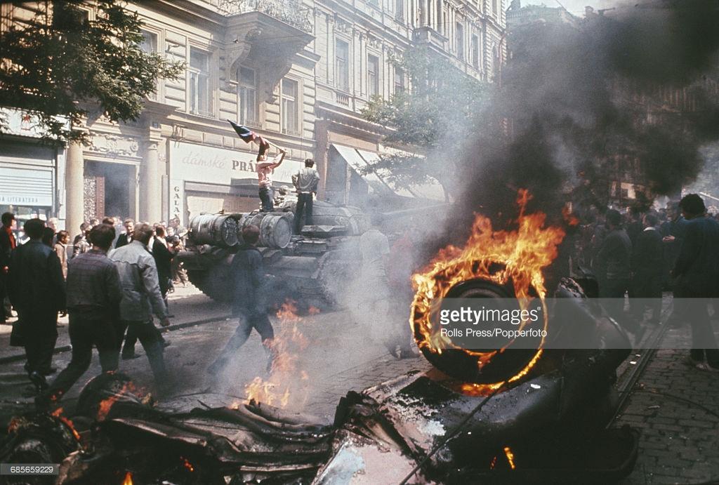 Как СССР оккупировал Чехословакию (фото).