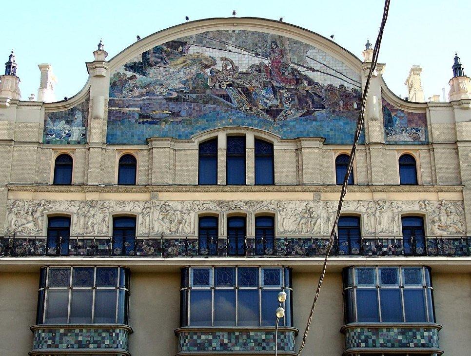 Шесть легендарных отелей России: чем они знамениты и что от них осталось сейчас