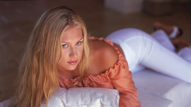 15 самых сексуальных фото Анны Курниковой