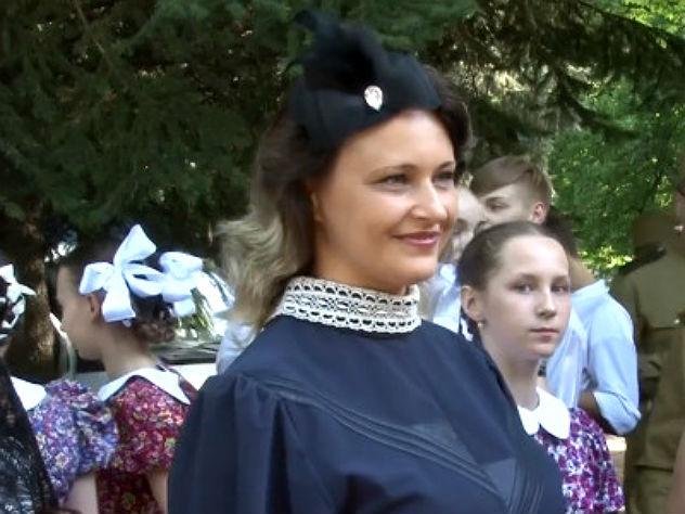 По Курску прошли «красавицы Победы» в нарядах 1940-х годов