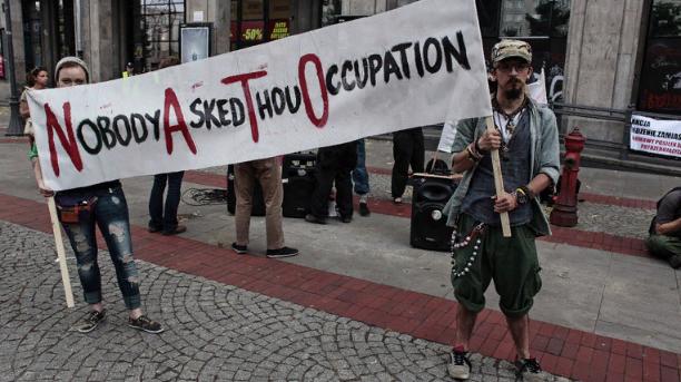 Норвежцы вышли на улицы в знак протеста против учений НАТО