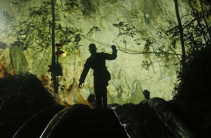 Затерянные в пещере
