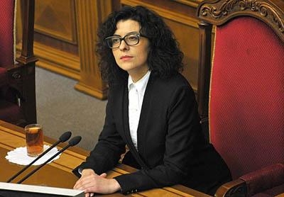 В Раде призвали Порошенко уволить своего кума с должности за профнепригодность