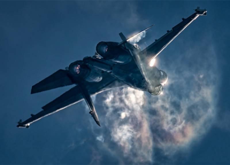 Первая встреча «Лайтнингов» с Су-35С готовит ряд сюрпризов. О чём молчат в ВВС США