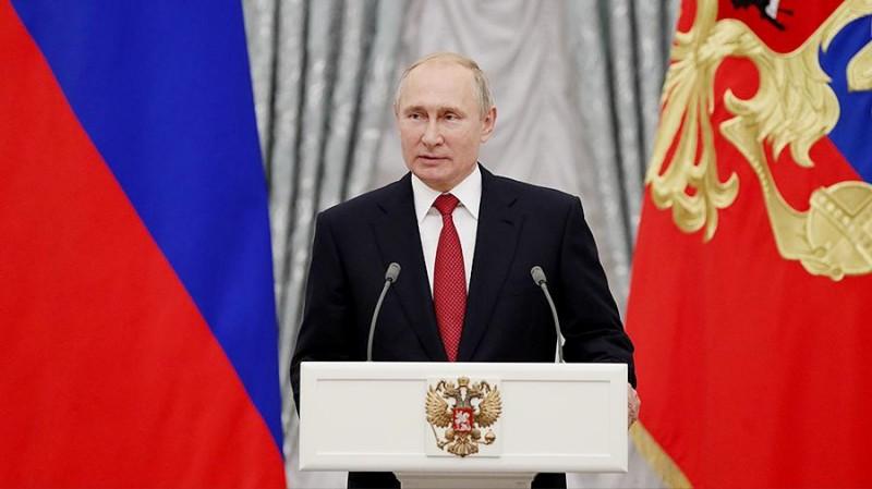 Путин наградил Бондарчука орденом