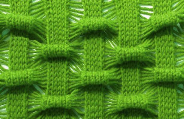 Ажурный шахматный узор спицами с эффектом «Клоке»