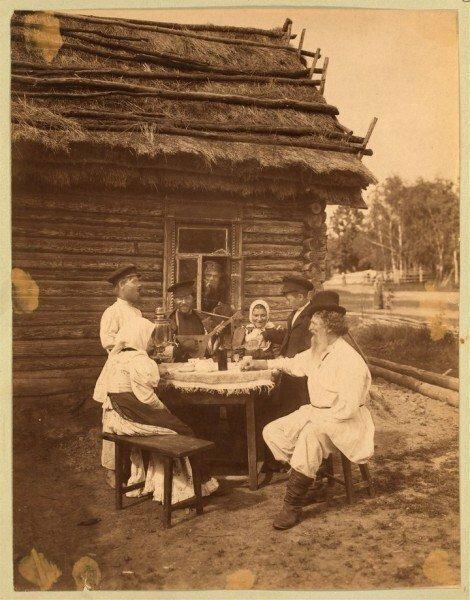 Суббота в русской деревне. Крепостное право уже отменено. Российская империя. 1860-е. интересно, история, фото