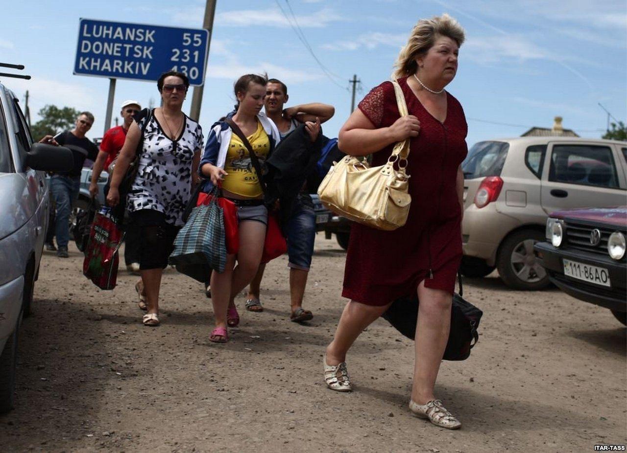 Сложности миграции из Украины в Россию. Ростислав Ищенко