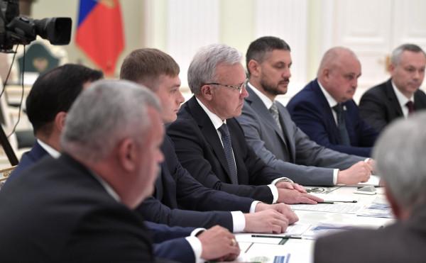 Что Кремль потребовал от рос…