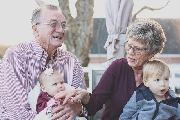 7 признаков идеальной бабушки (о которой бы мы все мечтали) - слайд