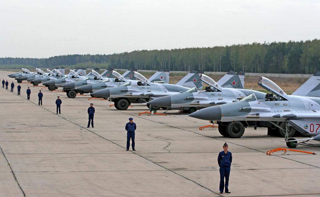 Раскрыто число истребителей России