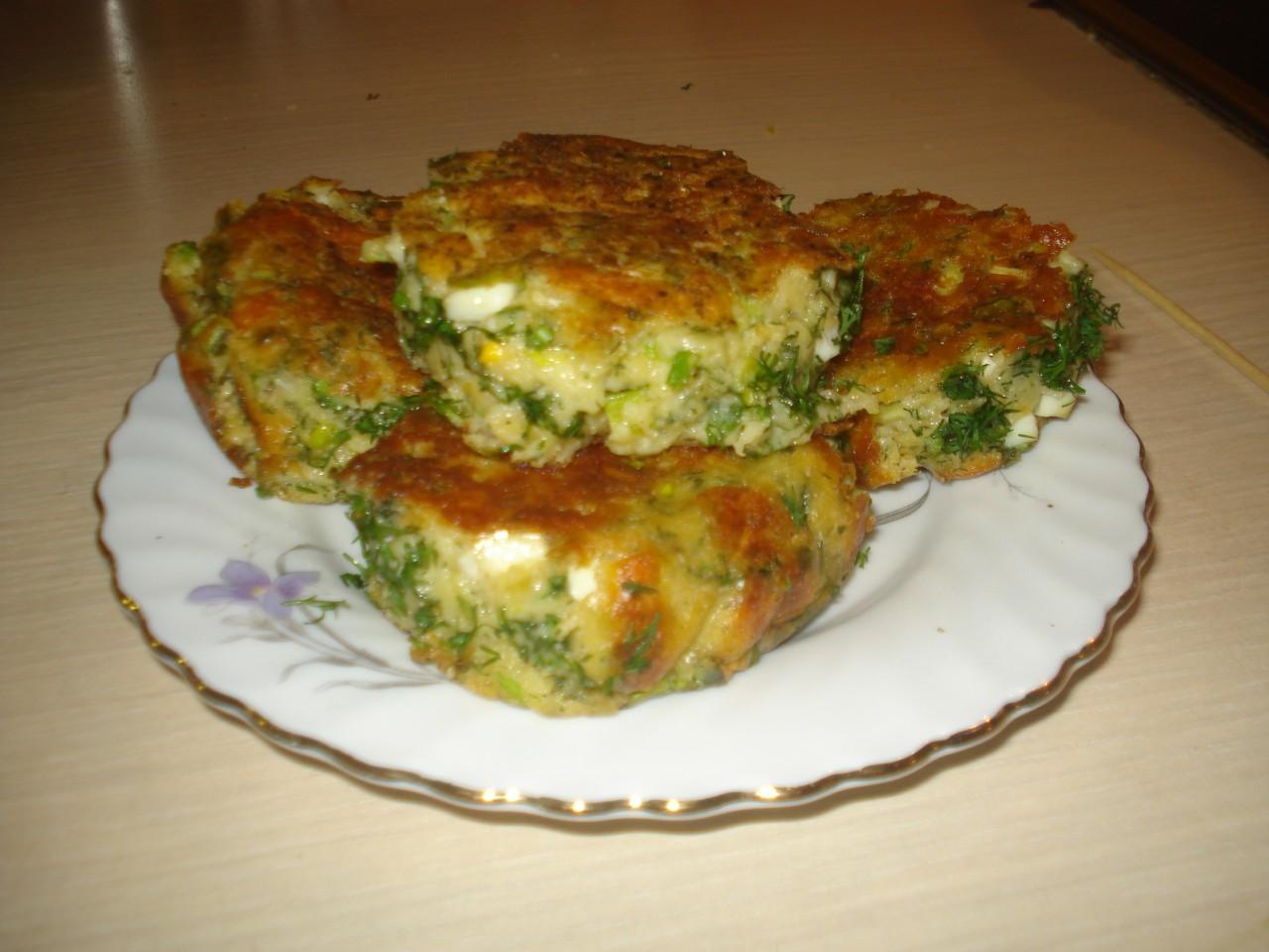 """""""Ленивые"""" пирожки с яйцами и луком"""