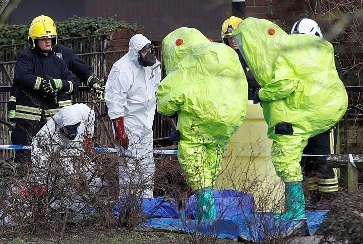 СМИ заявили, что британская полиция установила отравителей Скрипалей