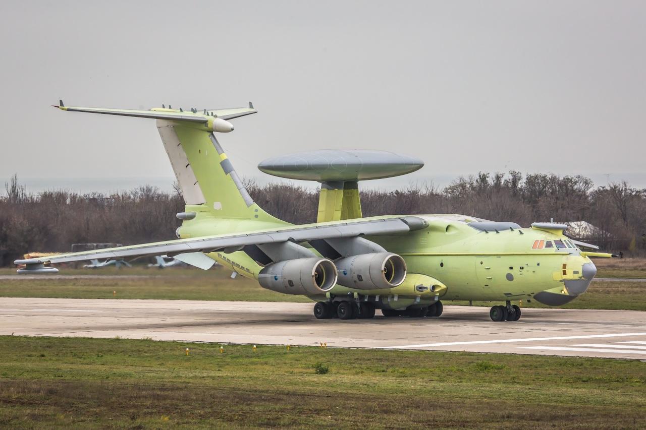 Новые фотографии опытного образца самолета радиолокационного дозора и наведения А-100