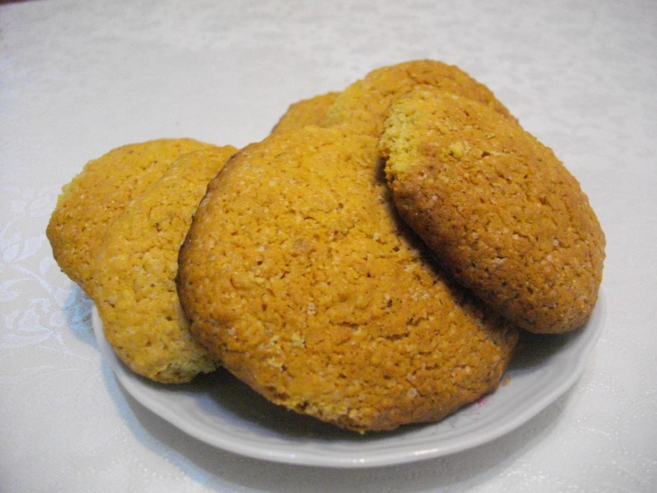Рецепт домашнего овсяного печенья.