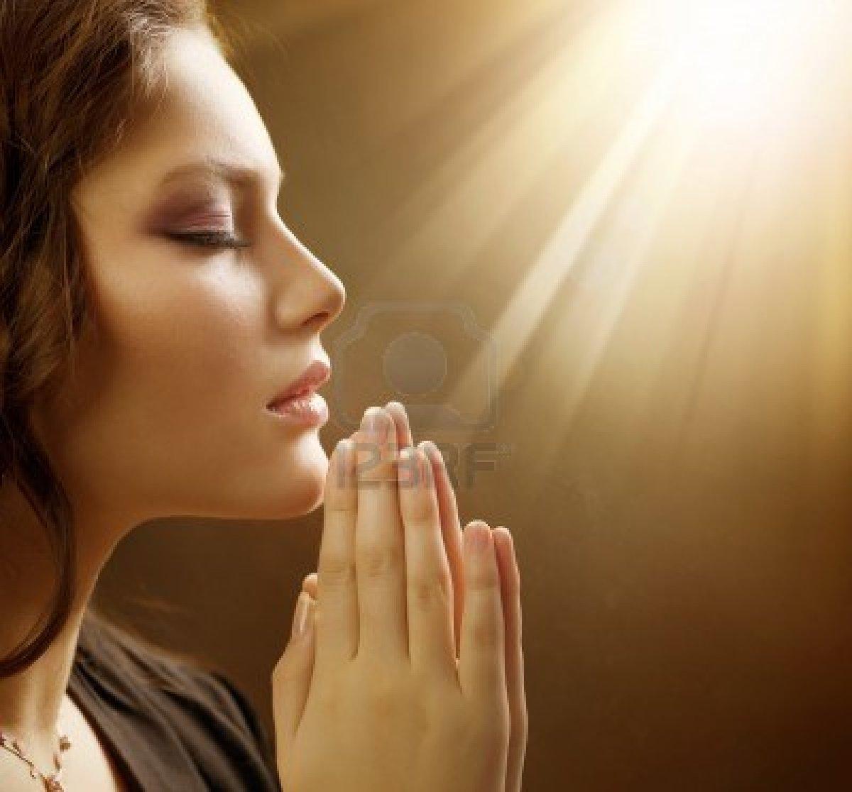 Молитвы при наведенных болезнях....