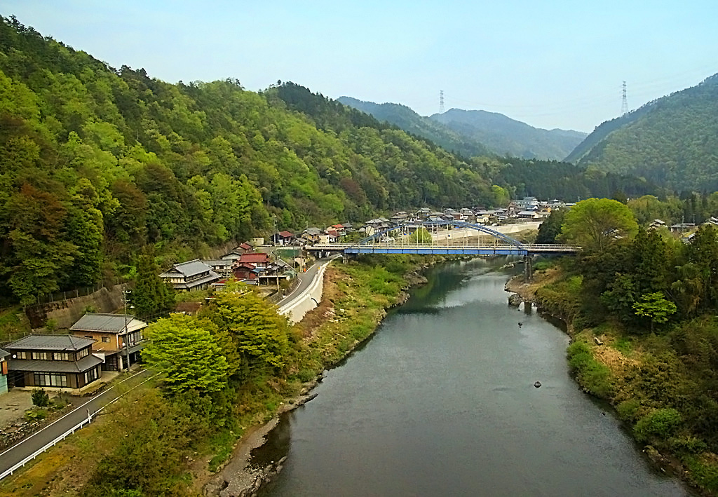 По дороге на Киото (снимок сделан с окна едущего автобуса)