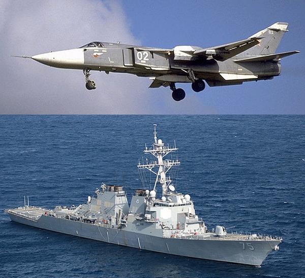 Старый знакомый эсминца США Donald Cook (DDG-75) российский СУ – 24, пролетел над французским фрегатом
