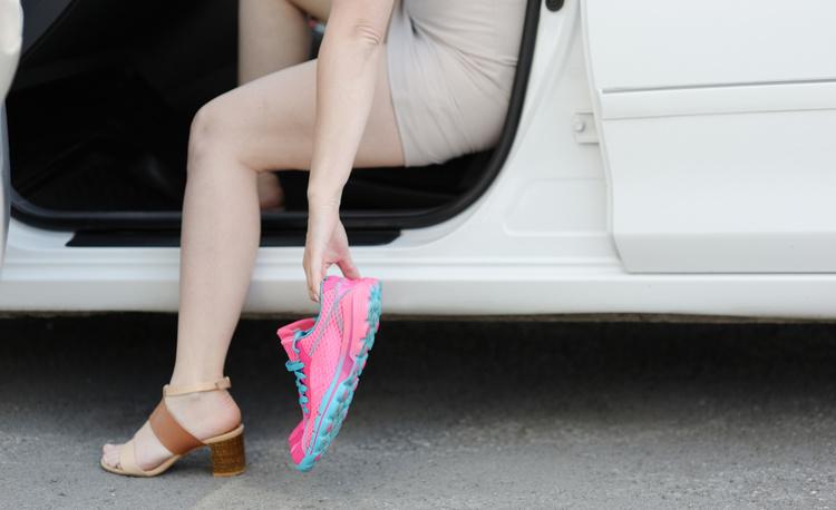 Лучшая обувь для вождения автомобиля: женские секреты