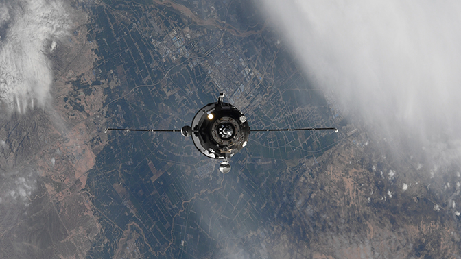 Прыжок на орбиту: зачем России понадобился сверхбыстрый космический грузовик.