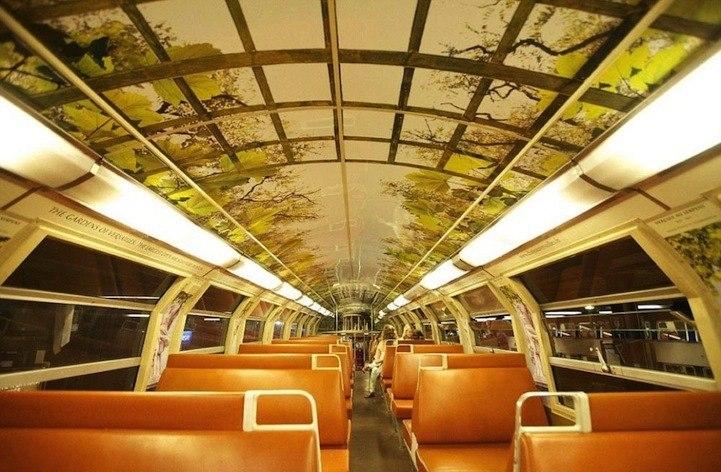 Преображение поезда Париж-Версаль.