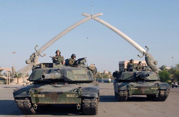 «Поражение для США»: русские Т-90 вытеснили американские танки из Ирака