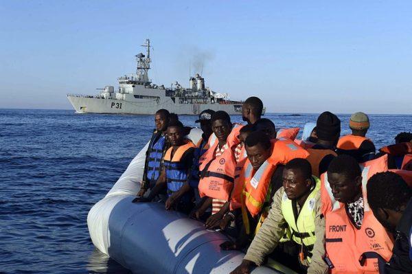 Как «беженцы» ставят под удар морские законы, писанные кровью