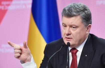 Порошенко под Новый год напомнил украинцам о «злейшем враге»