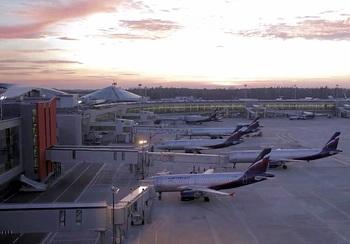 Ураган повредил самолеты в аэропорту Шереметьево