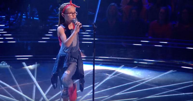 Она запела Don't Stop Me Now и зрители закричали от восторга. Однако никто из жюри не поворачивался, и тогда…