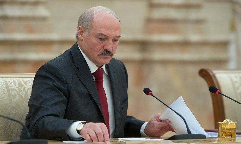 Лукашенко отправил в отставк…