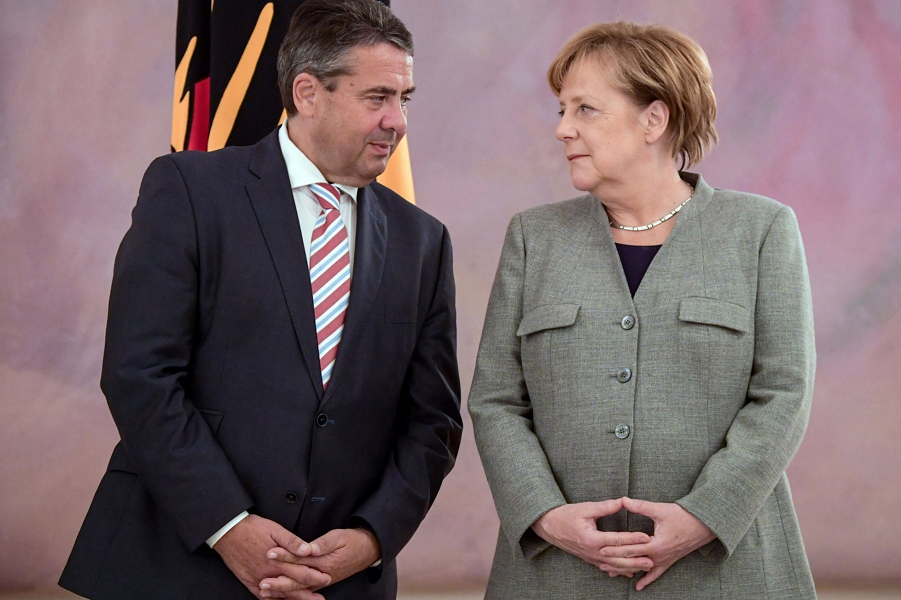 Новогодний подарок из Германии! МИД ФРГ пытается улучшить отношения между Россией и США