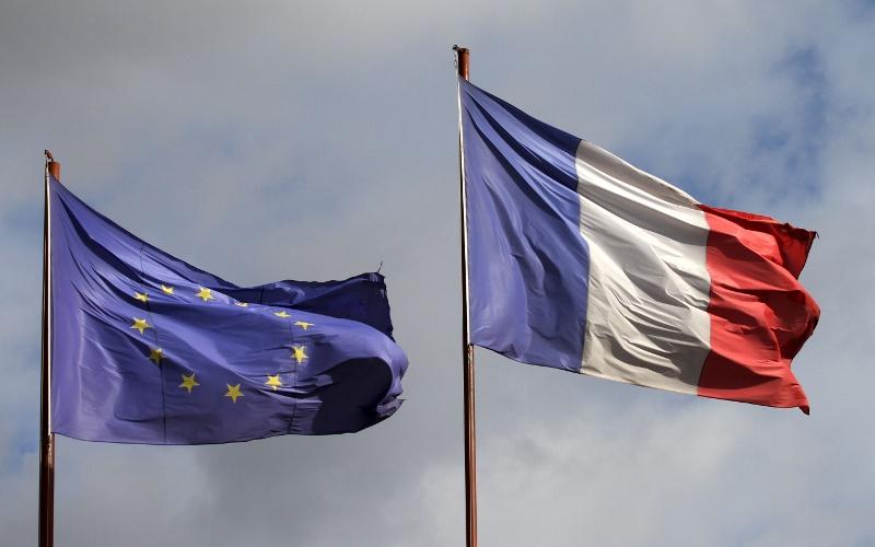 Очевидно, что во Франции будет рулить антироссийский политик - глобалист