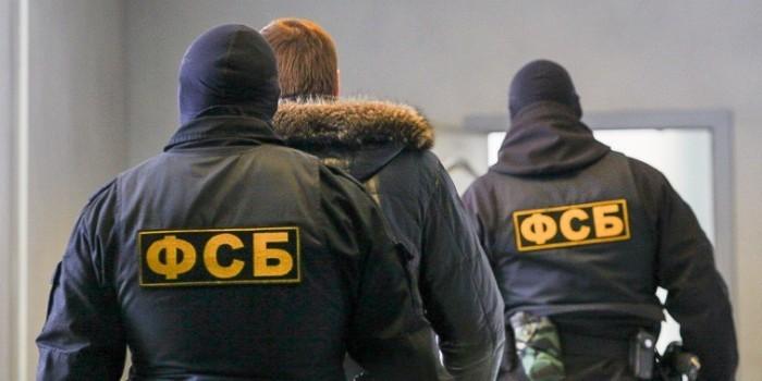 Правильная практика - отправлять таких в ДНР