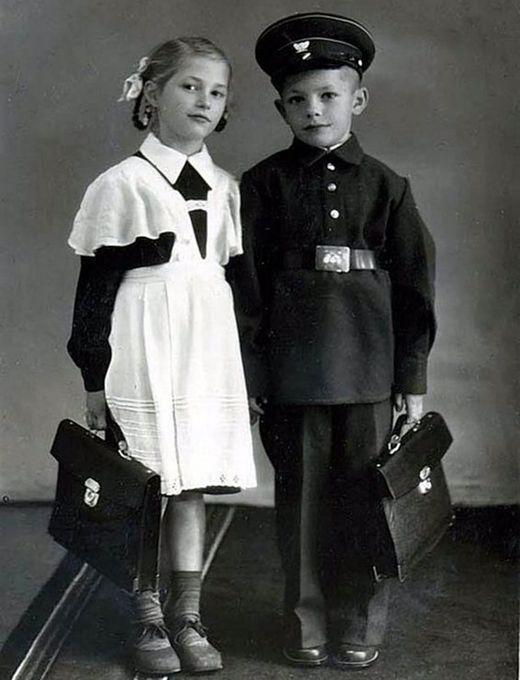 Во что одевались советские школьники школьник, школа, форма