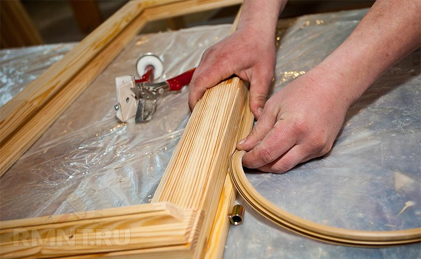 Уплотнение деревянной двери своими руками