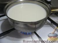 Фото приготовления рецепта: Овсяные оладьи для детей (на молоке) - шаг №2