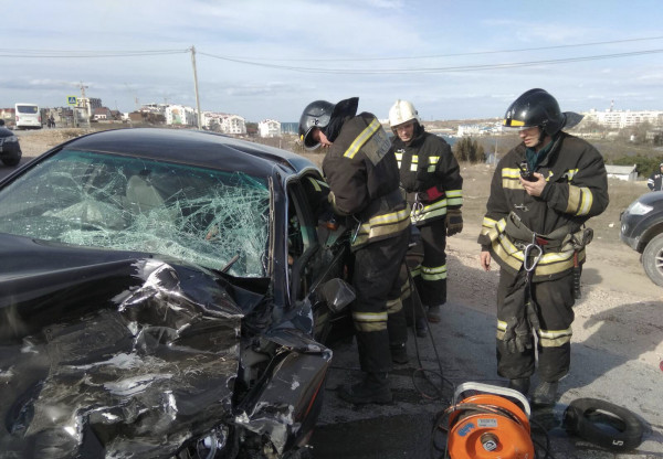 В ДТП в Севастополе пострада…
