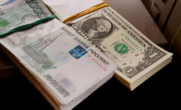 FT (Великобритания): Может ли Россия перестать пользоваться американским долларом? (Financial Times, Великобритания)